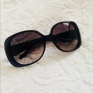 Gucci Sunglasses!! EUC!!